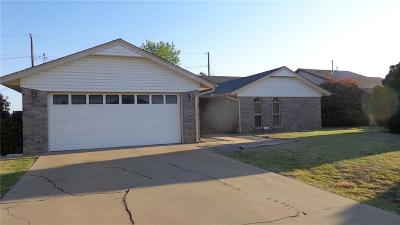 Altus Single Family Home For Sale: 2313 Galaxy Drive