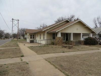 Chickasha Single Family Home For Sale: 1628 S 17th Street