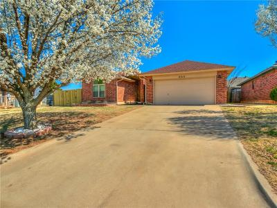 Oklahoma City Single Family Home For Sale: 8312 Pinewood
