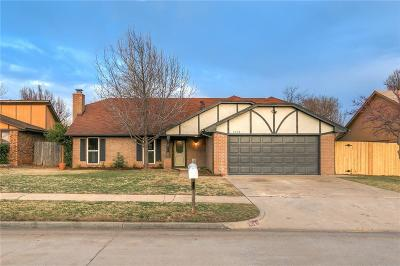 Moore Single Family Home For Sale: 1408 Smoking Tree