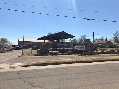 Beckham County Commercial For Sale: 202 W 7th Street