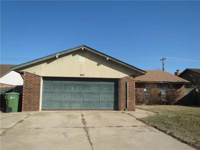 Yukon Single Family Home For Sale: 909 Clear Creek