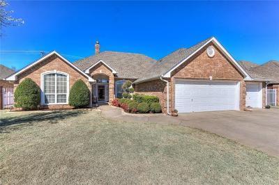 Oklahoma City Single Family Home For Sale: 3225 SW 105th Terrace