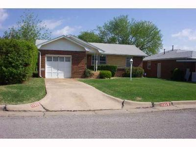 Oklahoma City Single Family Home For Sale: 1133 SW 54th Street