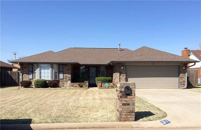 Oklahoma City Single Family Home For Sale: 5 Danfield Drive