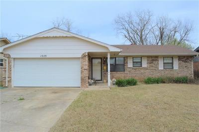 Norman Single Family Home For Sale: 1029 Mobile Circle