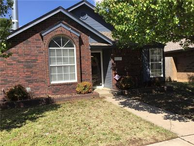 Moore Single Family Home For Sale: 2117 S Robinson