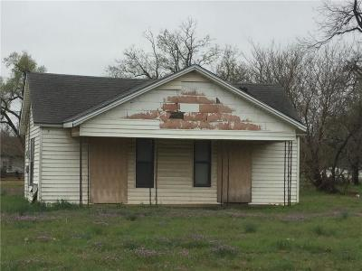 Chickasha Single Family Home For Sale: 602 S 1st Street