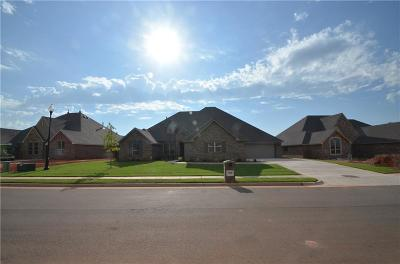 Edmond Single Family Home For Sale: 3008 Warwick Place