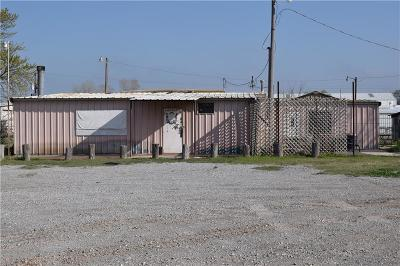 Chickasha Commercial For Sale: 2151 County Road 2827
