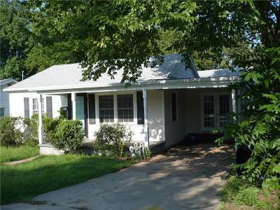 Shawnee Single Family Home For Sale: 1956 N Louisa