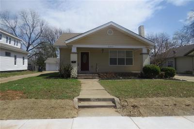 Single Family Home For Sale: 1317 N Broadway