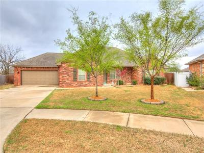 Moore Single Family Home For Sale: 3201 Gabriel Court
