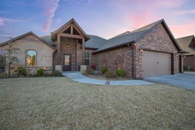 Yukon Single Family Home For Sale: 2129 Pine Creek Avenue
