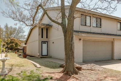 Oklahoma City Condo/Townhouse For Sale: 9804 Hefner Village Drive