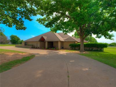 Edmond Single Family Home For Sale: 16 N Filly Lane