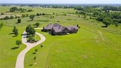 Single Family Home For Sale: 20513 State Highway 74b