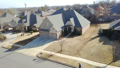 Norman Single Family Home For Sale: 2008 Marymount Road