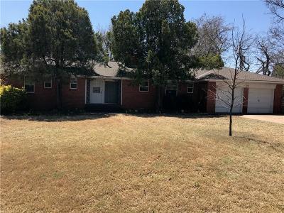 Oklahoma City Single Family Home For Sale: 2824 Croydon Court