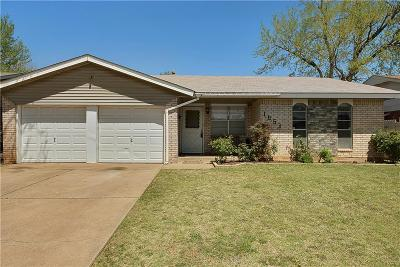 Moore OK Single Family Home For Sale: $114,000