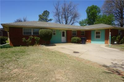 Oklahoma City Single Family Home For Sale: 4401 NW 11th Street
