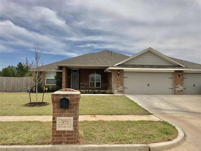 Chickasha Single Family Home For Sale: 901 Brookhollow Drive