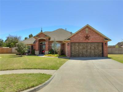 Moore Single Family Home For Sale: 2024 Wimberley Creek Drive