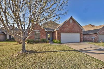 Edmond Single Family Home For Sale: 341 Crossland Court