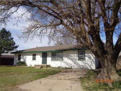 Snyder Single Family Home For Sale: 1503 D Street