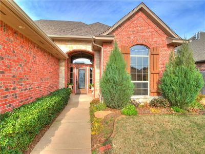 Edmond Single Family Home For Sale: 17309 Grove Hill