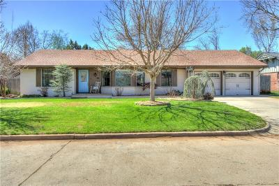 Oklahoma City Single Family Home For Sale: 2412 NW 55th Place