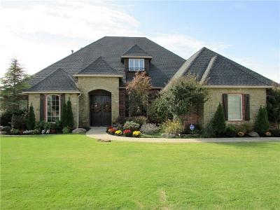 Norman Single Family Home For Sale: 1304 Sawgrass Drive