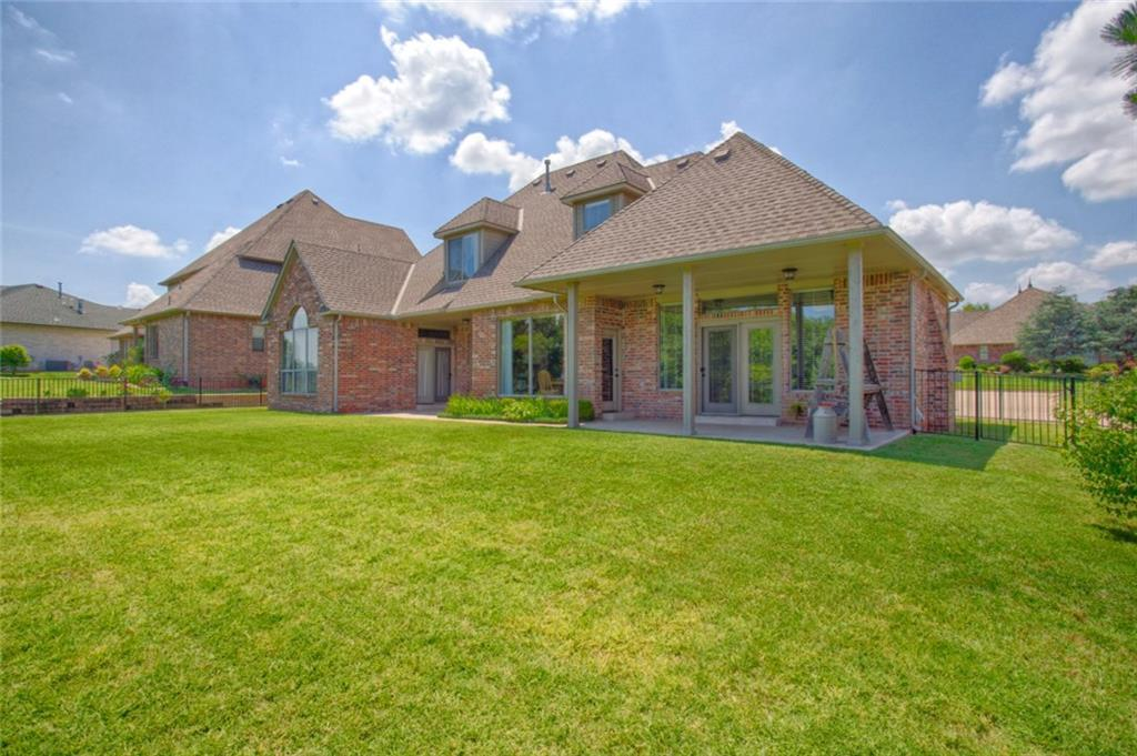 Listing: 3116 Garden Vista, Edmond, OK.| MLS# 816490 | Debbie Bolding |  405 642 2866 | Nichols Hills OK Homes For Sale