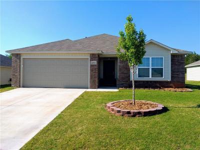 Noble Single Family Home For Sale: 1301 N Granite Lane