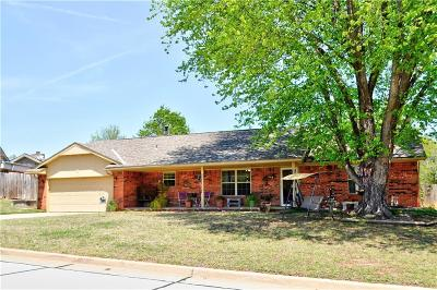 Shawnee Single Family Home For Sale: 4 Bingham Court