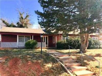 Sayre Single Family Home For Sale: 1001 N Broadway