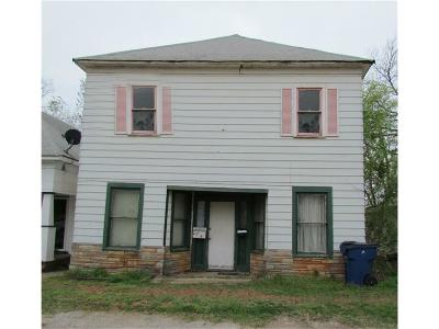 Guthrie Single Family Home For Sale: 417 S Broad Street