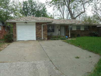 Oklahoma City OK Single Family Home For Sale: $87,000