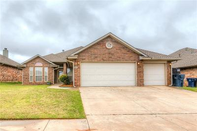 Moore Single Family Home For Sale: 9204 Ians Place