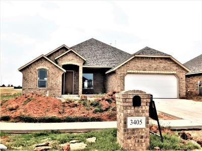 Moore Single Family Home For Sale: 3405 Ontario Circle
