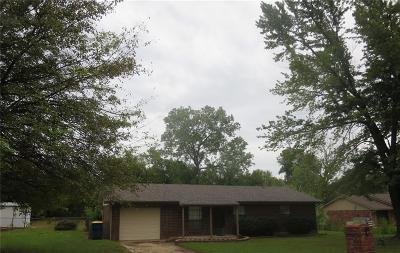 Choctaw Single Family Home For Sale: 3260 Clarke