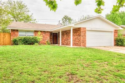 Norman Single Family Home For Sale: 2315 Houston