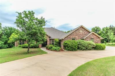 Norman Single Family Home For Sale: 1101 Lairds Woods Circle
