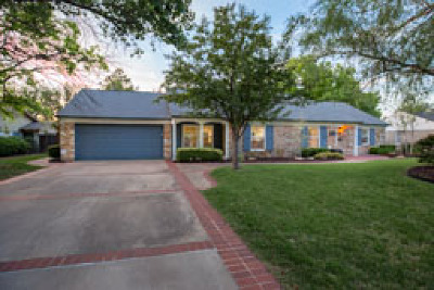 Nichols Hills Single Family Home For Sale: 1717 Drakestone Avenue