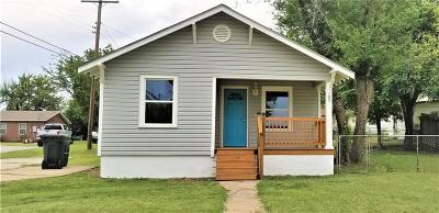 Single Family Home For Sale: 105 6th
