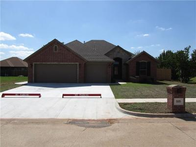 Moore Single Family Home For Sale: 505 Pinewood