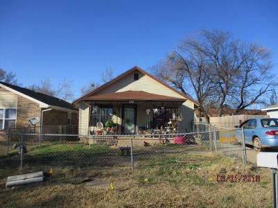 Shawnee Single Family Home For Sale: 1314 E Alice