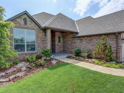 Edmond Single Family Home For Sale: 15616 Bending Oak Court