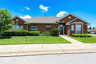 Norman Single Family Home For Sale: 915 Pinebrooke Court
