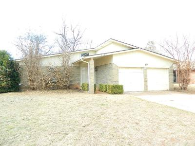 Oklahoma City Single Family Home For Sale: 5121 Oak Valley Road